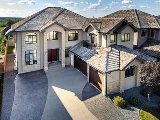 Photo 1: 3658 WESTCLIFF Way in Edmonton: Zone 56 House for sale : MLS®# E4261554