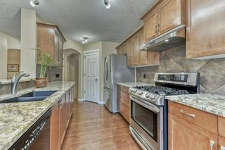 Photo 18: 36 Everhollow Crescent SW in Calgary: Evergreen Detached for sale : MLS®# A1125511