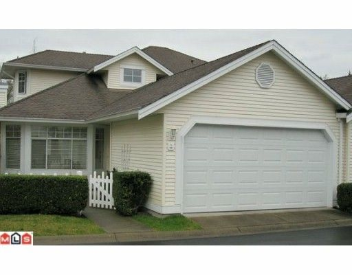 """Main Photo: 98 9208 208TH Street in Langley: Walnut Grove Townhouse for sale in """"CHURCHILL PARK"""" : MLS®# F1002251"""