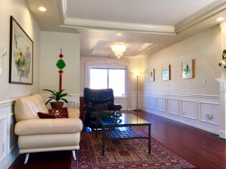 Photo 2: 6 6700 WILLIAMS Road in Richmond: Woodwards Townhouse for sale : MLS®# R2180956