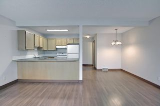 Photo 14: 121 Millview Square SW in Calgary: Millrise Row/Townhouse for sale : MLS®# A1112909