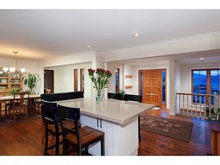 Photo 9: 745 BAYCREST Drive in North Vancouver: Home for sale : MLS®# V1105183