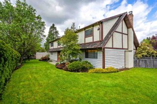 Photo 1: 12465 KNOTTS Street in Maple Ridge: Northwest Maple Ridge House for sale : MLS®# R2299553