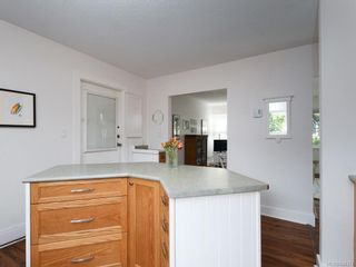 Photo 12: 2359 Brethour Ave in Sidney: Si Sidney North-East House for sale : MLS®# 844374