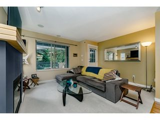 Photo 4: 34 19250 65th Avenue in SUNBERRY COURT: Home for sale