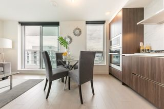 """Photo 4: 2609 455 SW MARINE Drive in Vancouver: Marpole Condo for sale in """"W1-WEST TOWER"""" (Vancouver West)  : MLS®# R2388321"""