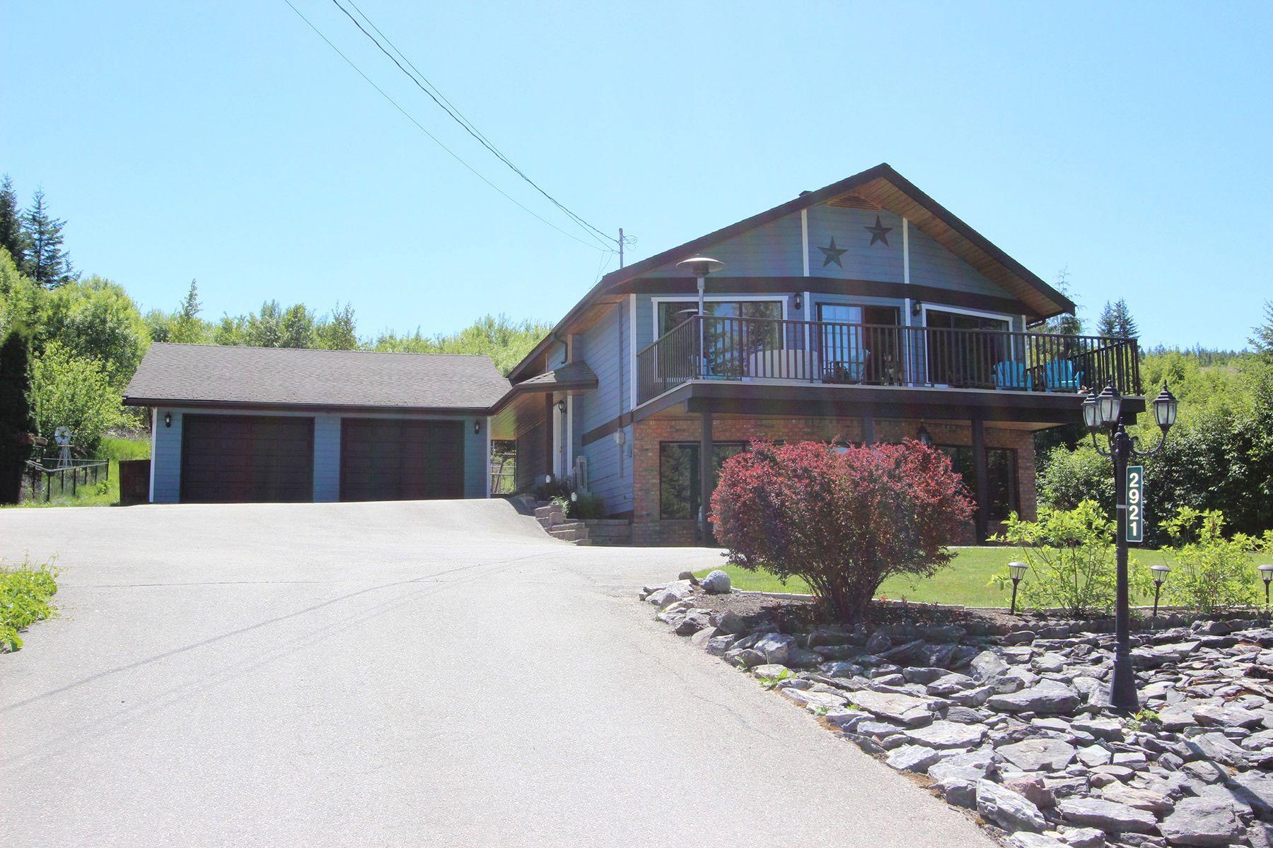 Main Photo: 2921 Cedar Drive in Sorrento: Blind Bay House for sale (South Shuswap)  : MLS®# 10232374