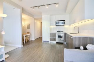 """Photo 3: 1705 4900 LENNOX Lane in Burnaby: Metrotown Condo for sale in """"THE PARK"""" (Burnaby South)  : MLS®# R2352671"""