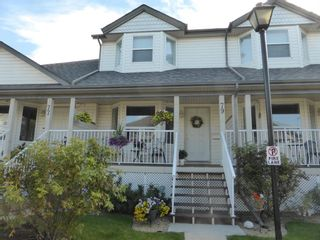 Main Photo: 79 33 DONLEVY Avenue: Red Deer Row/Townhouse for sale : MLS®# A1098978