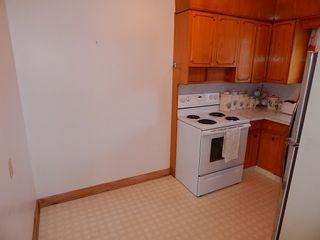 Photo 5: 319 Oakland Avenue in Winnipeg: North Kildonan House for sale ()  : MLS®# 1727613
