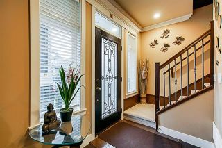 Photo 3: 5873 131A Street in Surrey: Panorama Ridge House for sale : MLS®# R2373398