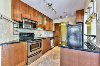 "Photo 3: 402 1437 FOSTER Street: White Rock Condo for sale in ""wedgewood"" (South Surrey White Rock)  : MLS®# R2068954"