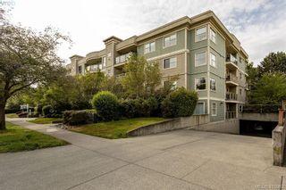 Photo 3: 206 1025 Meares St in VICTORIA: Vi Downtown Condo for sale (Victoria)  : MLS®# 814755