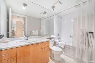 """Photo 11: 1803 1200 W GEORGIA Street in Vancouver: West End VW Condo for sale in """"RESIDENCE ON GEORGIA"""" (Vancouver West)  : MLS®# R2549181"""