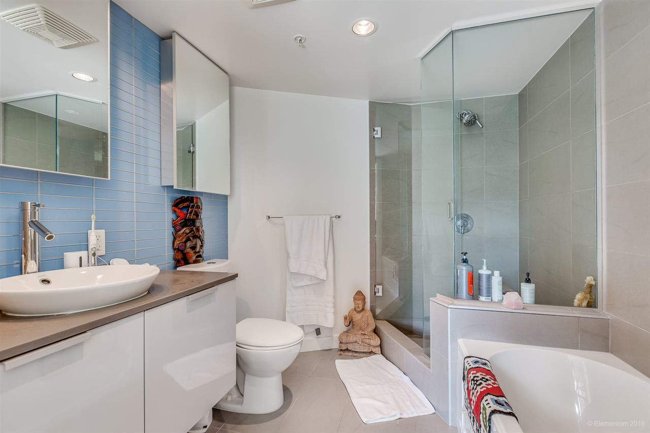 """Photo 15: Photos: 610 128 W CORDOVA Street in Vancouver: Downtown VW Condo for sale in """"WOODWARDS W43"""" (Vancouver West)  : MLS®# R2191922"""