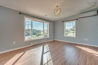 Photo 3: 833 Terence Bay Road in Terence Bay: 40-Timberlea, Prospect, St. Margaret`S Bay Residential for sale (Halifax-Dartmouth)  : MLS®# 202123534