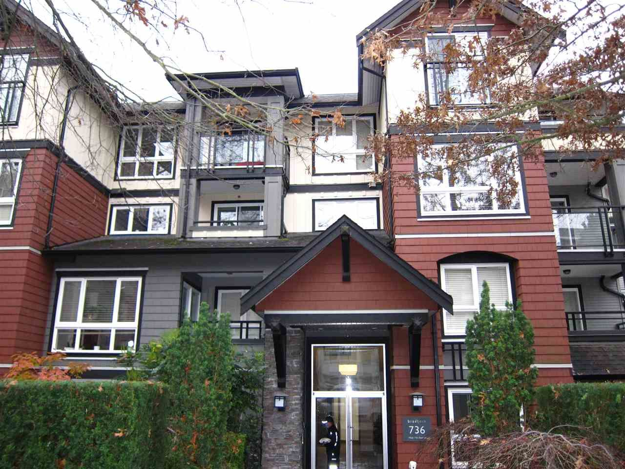 "Main Photo: 105 736 W 14TH Avenue in Vancouver: Fairview VW Condo for sale in ""The Braebern"" (Vancouver West)  : MLS®# R2527136"
