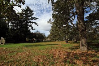 Photo 5: 978-B Milner Ave in : SE Lake Hill Land for sale (Saanich East)  : MLS®# 858155