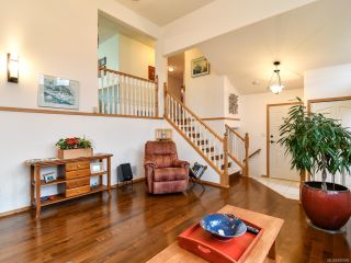 Photo 5: 2355 Strawberry Pl in CAMPBELL RIVER: CR Willow Point House for sale (Campbell River)  : MLS®# 830896