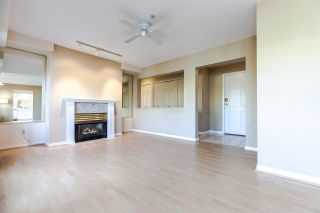 """Photo 4: PH2 611 - 611 W 13TH Avenue in Vancouver: Fairview VW Condo for sale in """"Tiffany Court"""" (Vancouver West)  : MLS®# R2311200"""