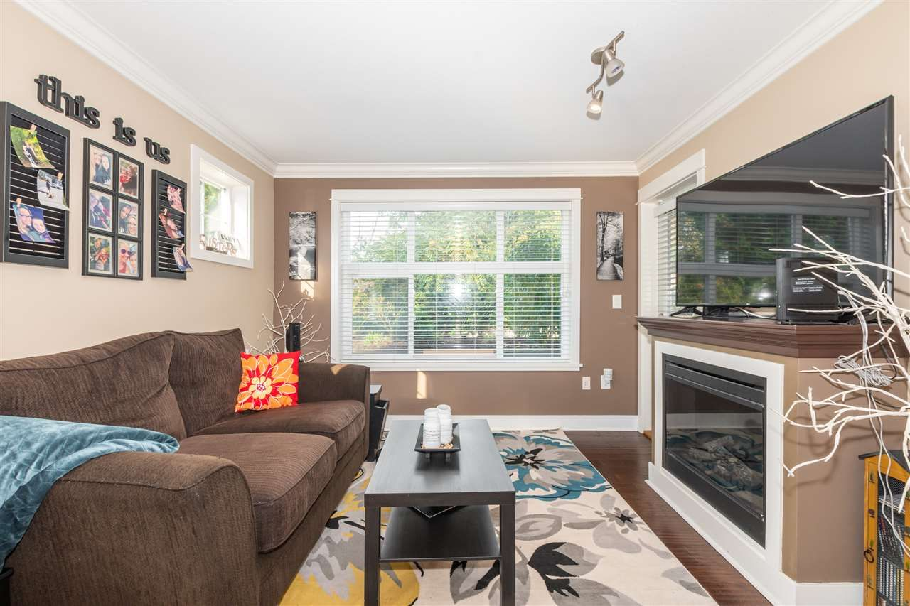 "Main Photo: 117 2515 PARK Drive in Abbotsford: Abbotsford East Condo for sale in ""VIVA ON PARK"" : MLS®# R2512368"