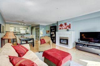 """Photo 3: 5 2150 SE MARINE Drive in Vancouver: Fraserview VE Townhouse for sale in """"Leslie Terrace"""" (Vancouver East)  : MLS®# R2206257"""