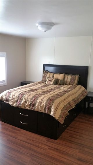Photo 3: OCEANSIDE Manufactured Home for sale : 4 bedrooms : 4660 N River Road #80