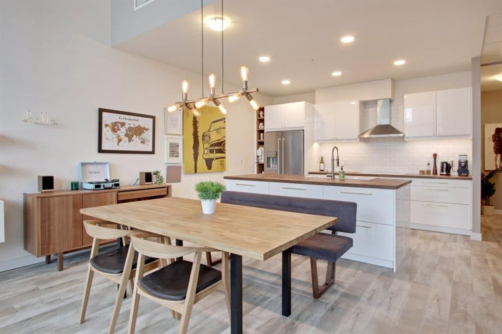 Main Photo: 101 215 13 Avenue SW in Calgary: Beltline Apartment for sale : MLS®# A1075160