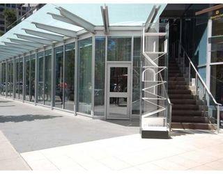Photo 9: # 4203 1111 ALBERNI ST in Vancouver: Condo for sale : MLS®# V836772