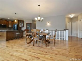 Photo 7: 3420 Mary Anne Cres in VICTORIA: Co Triangle House for sale (Colwood)  : MLS®# 723824