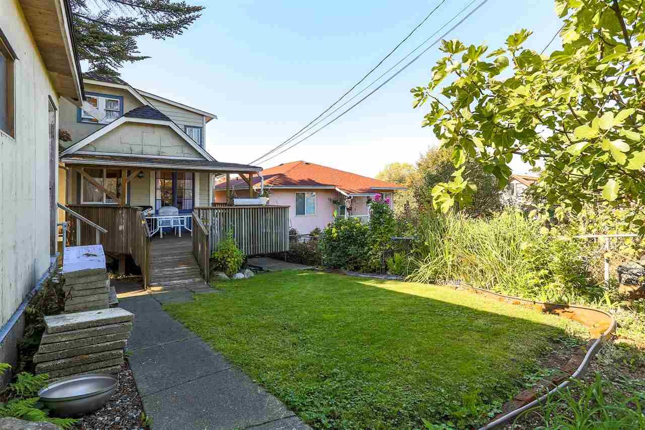 Photo 19: Photos: 4420 NANAIMO Street in Vancouver: Collingwood VE House for sale (Vancouver East)  : MLS®# R2006921