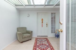 Photo 4: 4163 Shelbourne St in : SE Gordon Head House for sale (Saanich East)  : MLS®# 865988