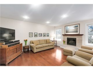"""Photo 2: 3982 W 33RD Avenue in Vancouver: Dunbar House for sale in """"Dunbar"""" (Vancouver West)  : MLS®# V1099859"""