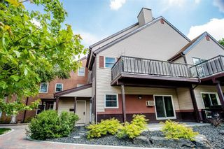 Photo 3: 4 630 Kenaston Boulevard in Winnipeg: River Heights Condominium for sale (1D)  : MLS®# 202014013