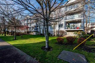 "Photo 1: 312 20177 54A Avenue in Langley: Langley City Condo for sale in ""STONEGATE"" : MLS®# R2419590"