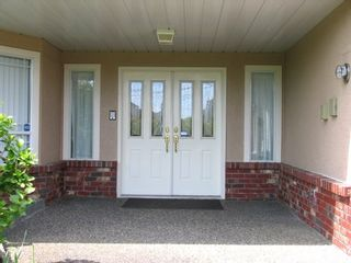 Photo 2: 4569 64 Street in Delta: House for sale (Ladner)  : MLS®# V766062