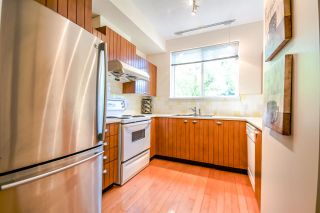 """Photo 7: 7398 HAWTHORNE Terrace in Burnaby: Highgate Townhouse for sale in """"MONTEREY"""" (Burnaby South)  : MLS®# R2071197"""