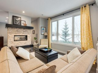 Photo 10: 28 Westpark Court SW in Calgary: West Springs Detached for sale : MLS®# A1069632