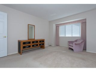 """Photo 13: 167 13888 70 Avenue in Surrey: East Newton Townhouse for sale in """"Chelsea Gardens"""" : MLS®# R2000018"""