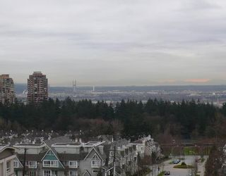 """Photo 8: 902 6659 SOUTHOAKS Crescent in Burnaby: Middlegate BS Condo for sale in """"GEMINI II"""" (Burnaby South)  : MLS®# V684659"""