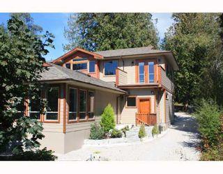 Photo 1: 6224 SUNSHINE COAST Highway in Sechelt: Sechelt District House for sale (Sunshine Coast)  : MLS®# V787565