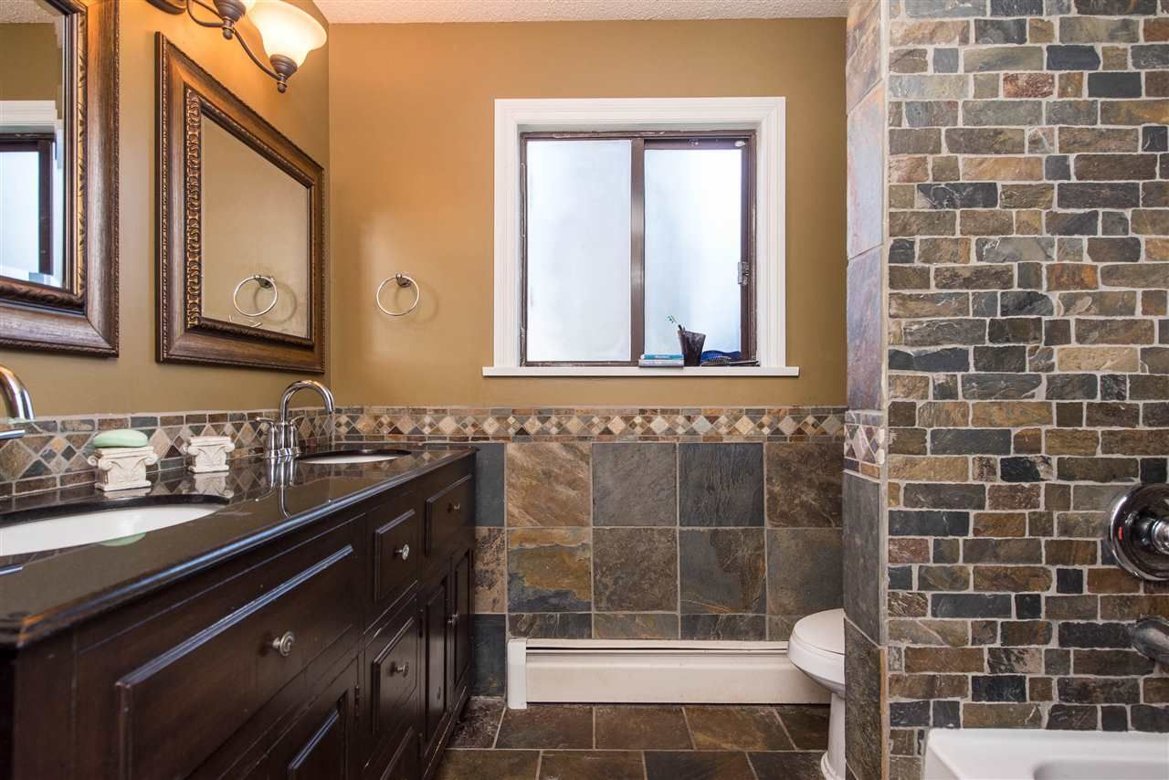 Photo 18: Photos: 2584 SUNNYSIDE Crescent in Abbotsford: Abbotsford West House for sale : MLS®# R2551772