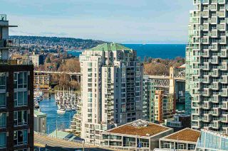 """Photo 6: 2505 501 PACIFIC Street in Vancouver: Downtown VW Condo for sale in """"THE 501"""" (Vancouver West)  : MLS®# R2436653"""