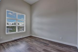 """Photo 10: 512 10838 WHALLEY Boulevard in Surrey: Bolivar Heights Condo for sale in """"The Maverick"""" (North Surrey)  : MLS®# R2583734"""