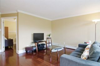 "Photo 8: 1010 4105 MAYWOOD Street in Burnaby: Metrotown Condo for sale in ""TIMES SQUARE 2"" (Burnaby South)  : MLS®# R2061390"