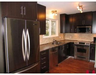 Photo 4: 15721 RUSSELL Avenue in White_Rock: White Rock House for sale (South Surrey White Rock)  : MLS®# F2908308