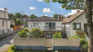 Photo 2: 2496 E 19TH Avenue in Vancouver: Renfrew Heights House for sale (Vancouver East)  : MLS®# R2492471