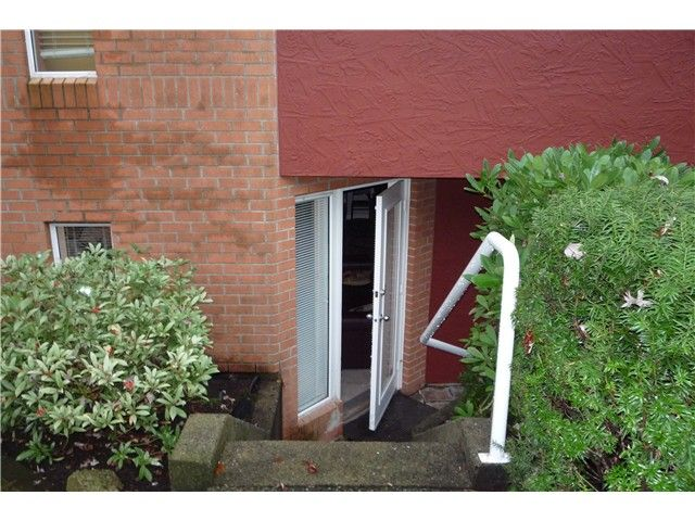 Main Photo: # 104 1010 CHILCO ST in Vancouver: West End VW Condo for sale (Vancouver West)  : MLS®# V1097217