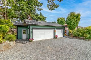 Photo 35: 1137 Nicholson St in : SE Lake Hill House for sale (Saanich East)  : MLS®# 884531