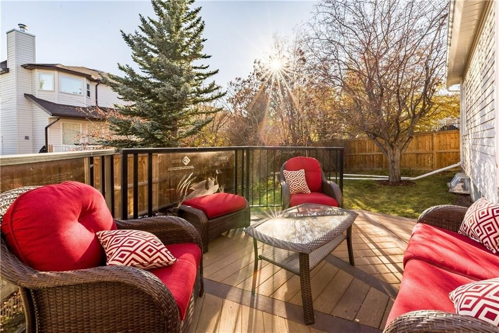 Photo 15: Photos: 248 WOOD VALLEY Bay SW in Calgary: Woodbine Detached for sale : MLS®# C4211183
